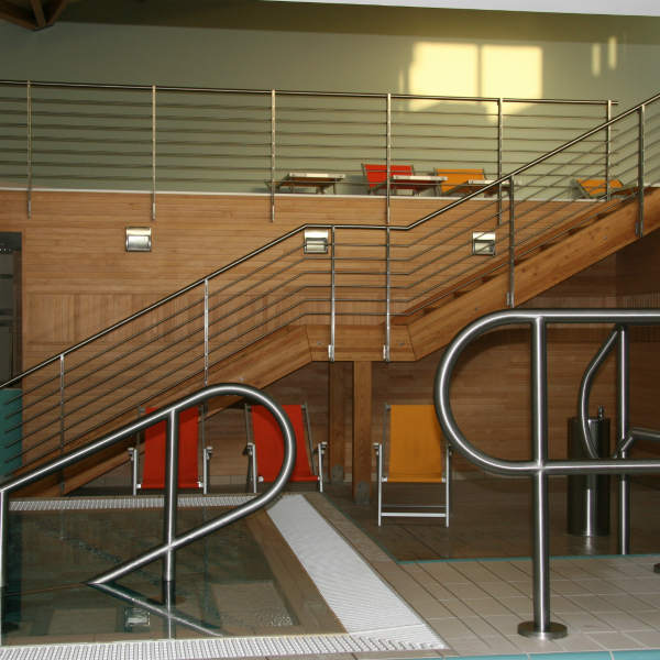 Custom-made stainless steel pool railing
