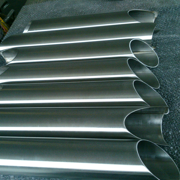 Hairline polishing of stainless steel tube