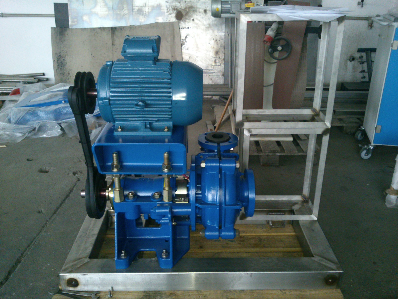 Manufacture of acid-proof steel pump-house cabinet