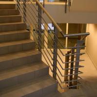 Rozsdamentes lépcsőház korlátok