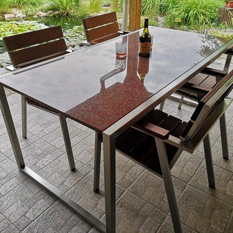 Rozsdamentes kerti garnitúra gránit asztallappal